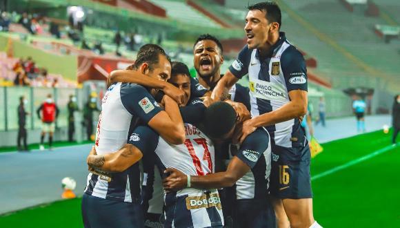 Alianza Lima venció 2-1 a Universitario con goles de Lagos y Moyano en el estadio Nacional. (Foto: Alianza)