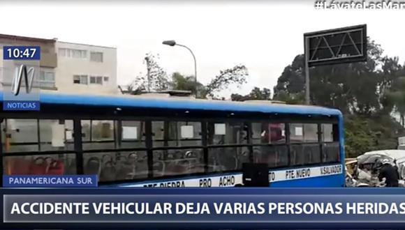 Accidente vehicular deja un muerto y al menos tres herido en la Panamericana Sur. (Captura: Canal N)