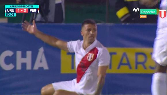 Perú vs. Uruguay   La falta que Gabriel Costa reclamó como penal tras choque con Diego Godín   VIDEO