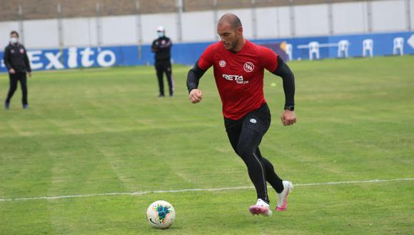 Zela fue noticia en el regreso de la Liga 1 por el autogol que sufrió jugando ante Sporting Cristal. (Foto: Sport Boys)