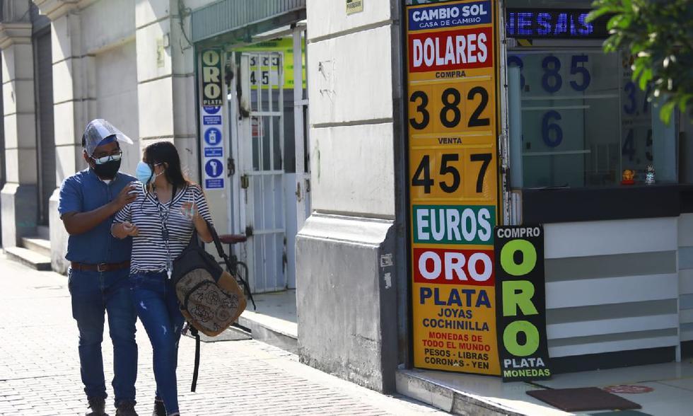 El precio del dólar sigue en alza debido a la coyuntura política y posible llegada de Pedro Castillo a la Presidencia.  (Jessica Vicente/@photo.gec)