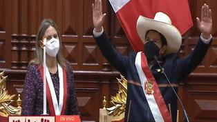 Pedro Castillo asume el cargo de presidente del Perú