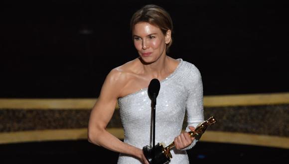 Renée Zellweger ganó el Oscar en la categoría mejor actriz. (Foto: AFP)