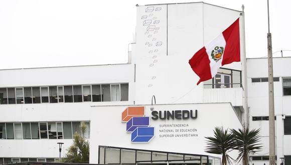 Oswaldo Zegarra indicó que las 49 universidades a las cuales se negó el licenciamiento debe además garantizar a sus estudiantes que no perderán sus clases o que podrán terminar su carrera en caso estén en los últimos ciclos. (Foto: GEC)