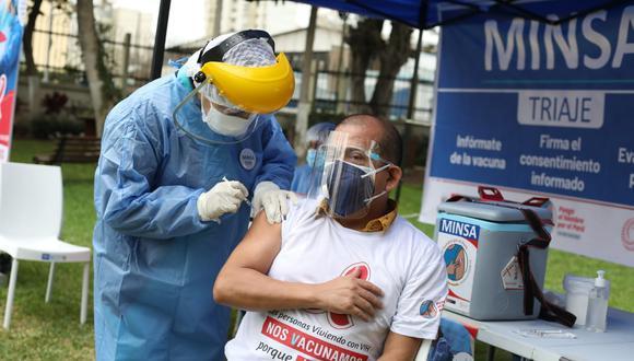 Vacunación contra el coronavirus continúa avanzando a nivel nacional. Foto: Britanie Arroyo/@photo.gec