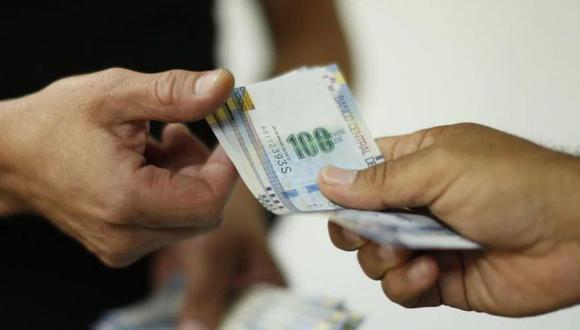 El viernes 23 de abril, el Gobierno peruano promulgó la ley que faculta a los trabajadores el retiro del 100% de la Compensación por Tiempo de Servicios. (Foto: Andina)