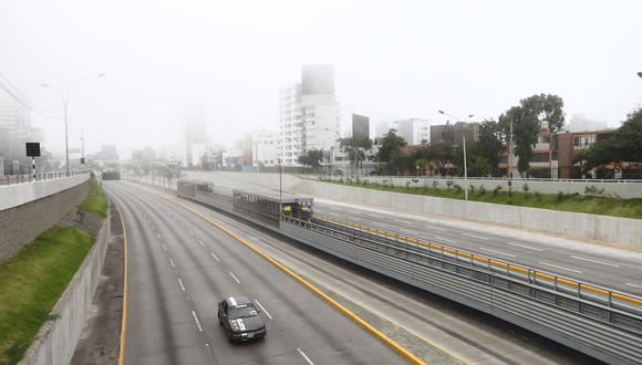 Las regiones que están bajo la clasificación de riesgo extremo, como Lima y Callao, deberán cumplir las restricciones establecidas por el Gobierno sobre inmovilización social, toque de queda y circulación de vehículos.