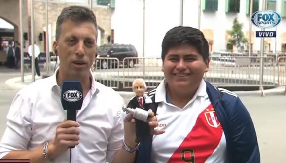 River - Flamengo | Hincha llegó a concentración 'millonaria' con muñeco del presidente D'onofrio | VIDEO