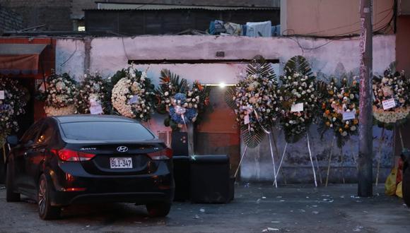 Vecinos del Cercado de Lima denunciaron que un velorio se realizaba en pleno horario de toque de queda y con música a alto volumen. (Foto :César Bueno/@photo.gec)