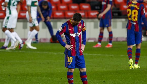 Barcelona no atraviesa un buen momento deportivo. Además, en unos meses podría perder a su emblema, Lionel Messi. (Foto: AFP)