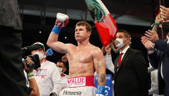 Si Canelo vence a Saunders en mayo, solo le restaría por lograr el título de la Federación Internacional de Boxeo (FIB), que posee Caleb Plant. (Foto: AFP)
