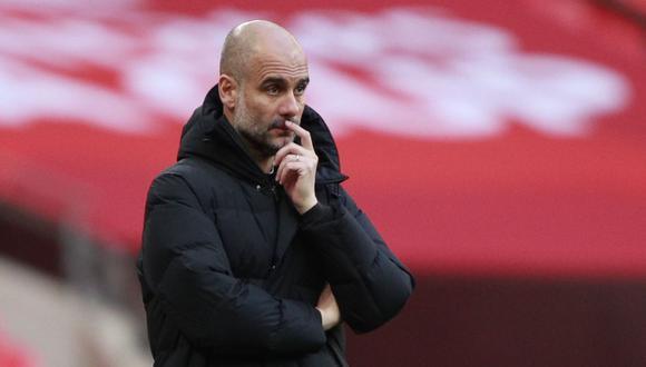 Pep Guardiola tiene contrato con Manchester City hasta mediados del 2023. (Foto: Reuters)