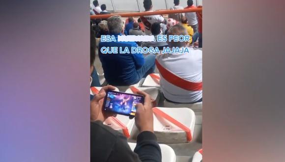 Hincha fue grabado jugando Free Fire en el estadio mientras se disputaba el Perú vs. Venezuela