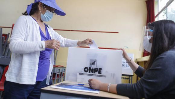 La Oficina Nacional de Procesos Electorales (ONPE) dio a conocer las multas para quienes incumplan su deber en estos comicios. (Foto: Andina)