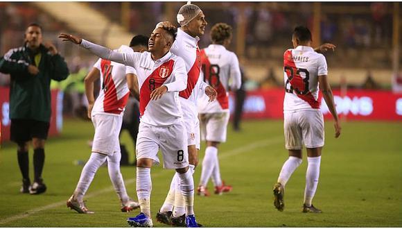 Perú vs. Costa Rica: Paolo Guerrero se abre la cabeza y tuvo que ser atendido para su reingreso   VIDEO