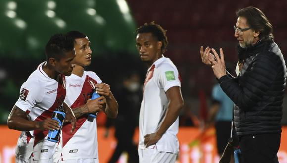 Ricardo Gareca y sus impresiones después de la derrota 2-0 ante Chile. (Foto: AFP)