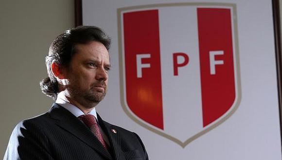 Juan Matute: Secretario general es despedido de la FPF