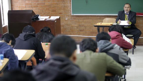Las dos dosis de la vacuna serán requisito para retorno a clases universitarias. (Foto: Andina)