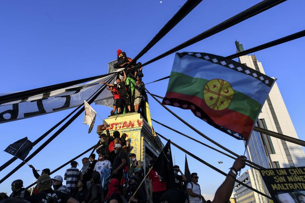 El año 2020 cierra con una serie de protestas que registraron en varias naciones de América Latina como muestra de rechazo a gobiernos de turno, crisis económica, injusticias sociales y falta de apoyo a la ciudadanía, razones que llevaron a paralizar a todo un país con la finalidad de encontrar un cambio
