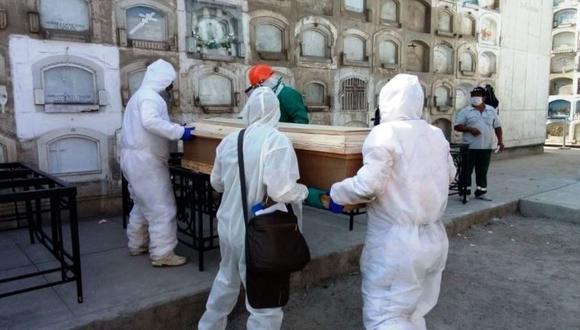 La inmunización en el Perú comenzó en febrero, tras el arribo del primer lote de vacunas. (Foto: Minsa)