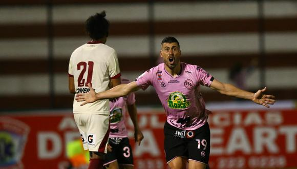 Sebastian Penco fue la figura del partido ante UTC: marcó dos goles, uno de ellos de 'chalaca'. (Foto: Fernando Sangama)