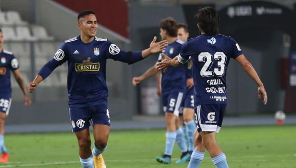 Universitario y Sporting Cristal, en vivo y online chocan en el Estadio Nacional por la primera final de la Liga 1.