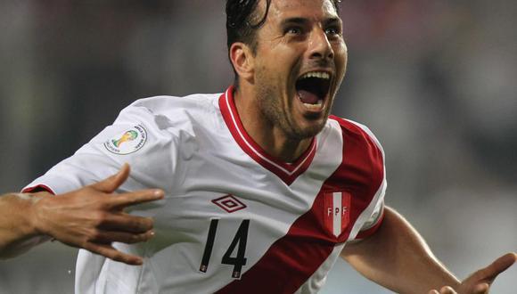 Hugo Sotil pide a Claudio Pizarro en la selección peruana