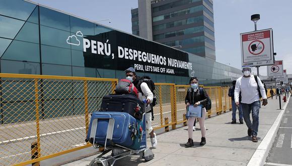 La prórroga de la suspensión en vuelos procedentes de Reino Unido, Sudáfrica y Brasil para proteger a los ciudadanos ante las nuevas variantes del COVID-19. (Foto: GEC)