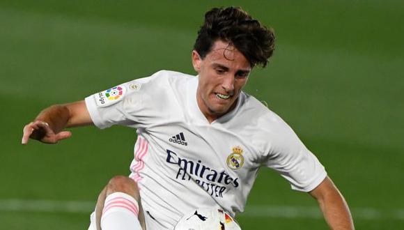 Álvaro Odriozola es uno de los cinco jugadores que buscará el Milan. (Foto: AFP)