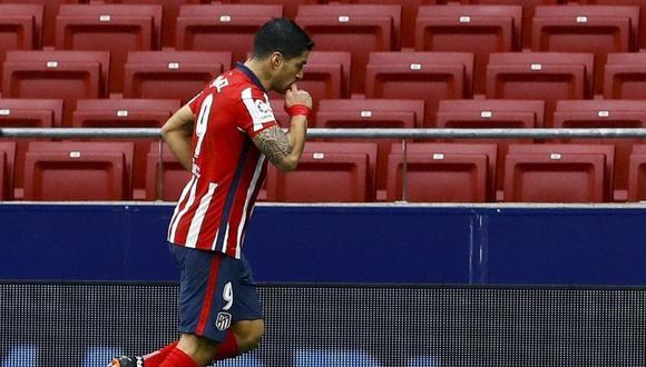 El presidente de Atlético de Madrid se rindió ante la categoría de Luis Suárez. (Foto: EFE)