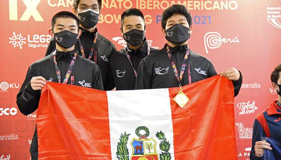 14 peruanos recibieron la presea en el torneo que congregó a más de 60 deportistas de 9 países, en el moderno Bowling Center, administrado por el Proyecto Legado. (Foto: Legado)