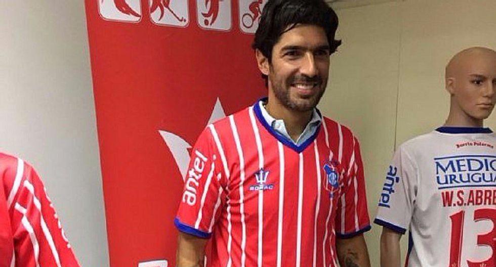 Sebastián Abreu y el número de camiseta que usará a sus 40 años