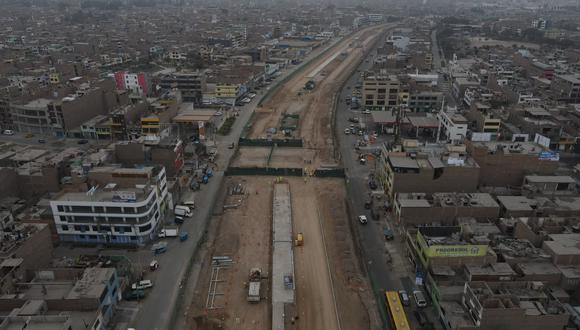 El alcalde Jorge Muñoz supervisó los avances de la ampliación del tramo norte del Metropolitano. Foto: Jorge Cerdan/@photo.gec