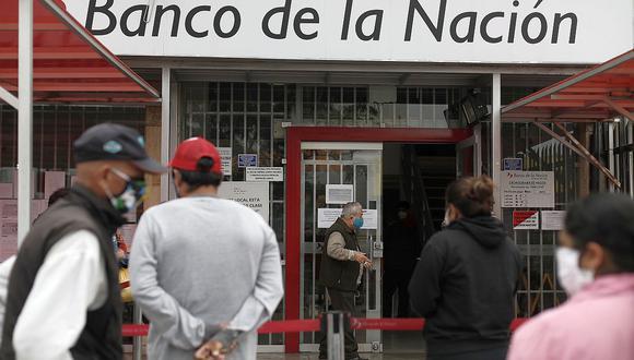 Recuerde que no debe acercarse a las entidades bancarias para evitar aglomeraciones. (Foto: Fernando Sangama | GEC)