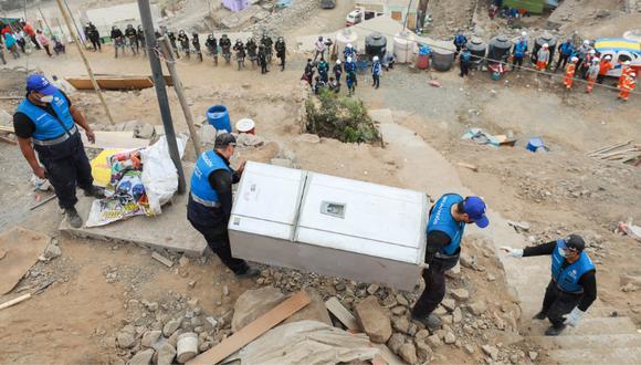 En la intervención participaron 300 efectivos de la Policía Nacional del Perú y más de 70 trabajadores municipales. Foto: MML