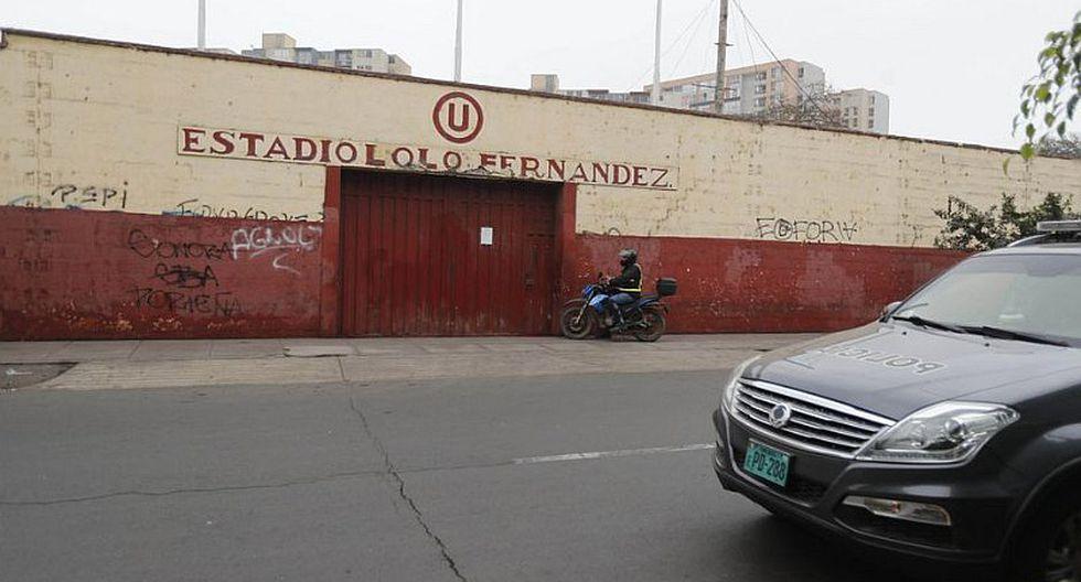 Universitario de Deportes   Equipo femenino de la 'U' juega en el estadio Lolo Fernández en pésimas condiciones   FOTOS