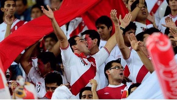 Perú vs. Argentina: Hinchas de clubes más populares se unen por bicolor [FOTO]