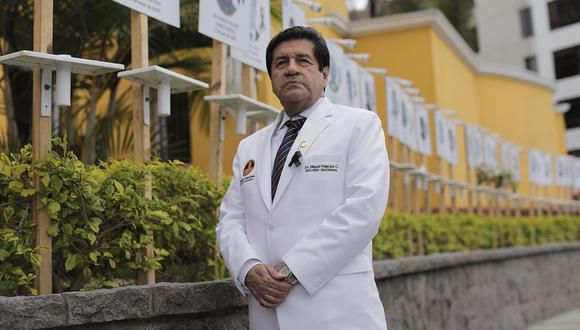 El decano del Colegio Médico del Perú, Miguel Palacios, detalló que de estos 300 mil que son parte del sector salud, 40 mil son médicos. (Anthony Niño de Guzmán / @photo.gec)