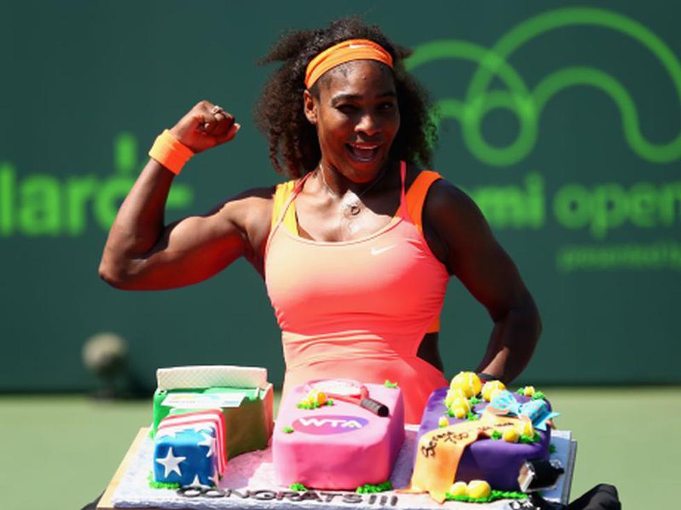 Serena Williams festeja su victoria número 700 y ya está en semifinales [VIDEO]
