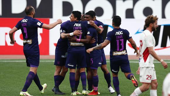 Carlos Bustos reconoció que no fue un buen partido de sus dirigidos, pero que lograron sacarlo adelante con un triunfo. (Foto: Alianza Lima)