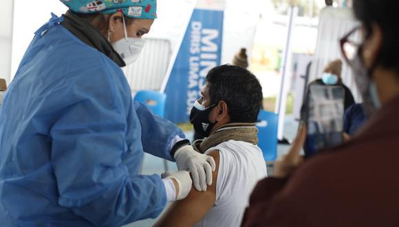 De acuerdo al Minsa, este jueves 19 de agosto arribarán a Perú 594.360 dosis de Pfizer. (Foto: Britanie Arroyo/GEC)