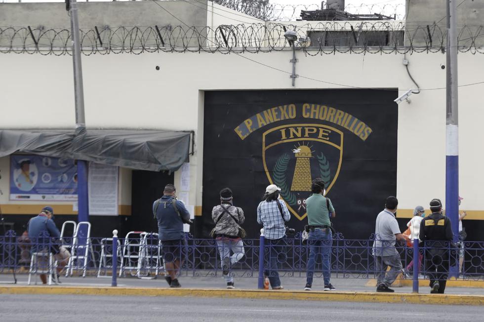 Así lucen los exteriores del Penal Santa Mónica previo a la salida de Keiko Fujimori. Foto: Renzo Salazar / GEC