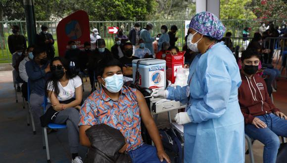La vacunación contra el COVID-19 a nivel nacional avanza a buen ritmo. (Foto: GEC/ Eduardo Cavero)