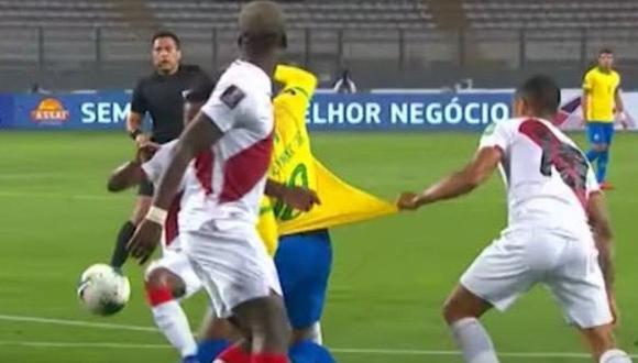 Neymar recibió un jalón de Yotún en el Perú vs. Brasil y Bascuñán señaló penal. (Captura: Conmebol)