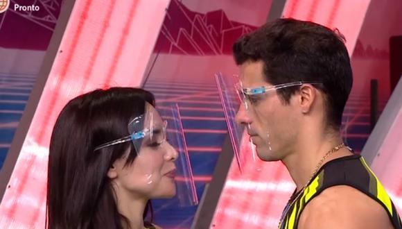 Rosángela Espinoza y Patricio Parodi empezaron a ser vinculados luego que la modelo afirmara que le gustó Parodi hace años. (Foto: Captura América TV)