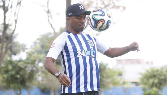 Waldir Sáenz se retiró del fútbol en el año 2013 con la camiseta de Walter Ormeño. (Foto: GEC)