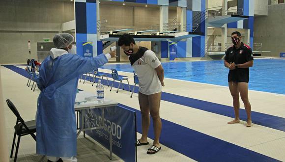 Las clases de natación se impartirán cumpliendo los protocolos de bioseguridad para evitar contagios de COVID-19. (Foto: Proyecto Especial Legado)