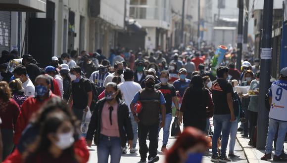 El ministro de Salud exhortó a la población a cumplir con las medidas de bioseguridad para evitar contagios frente al avance de la variante Delta de COVID-19 en Perú. (Foto: Violeta Ayasta/GEC)