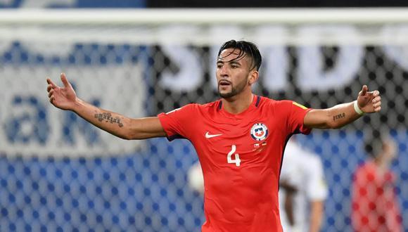 Mauricio Isla quedó descartado para el debut de Chile en las Eliminatorias. (Foto: AFP)