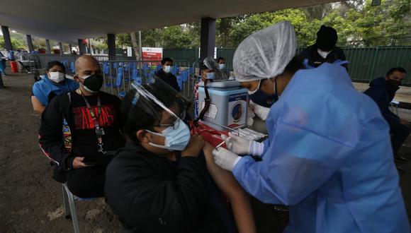 La vacunación contra el coronavirus (COVID-19) avanza en el país. (Foto: Violeta Ayasta/@photo.gec)